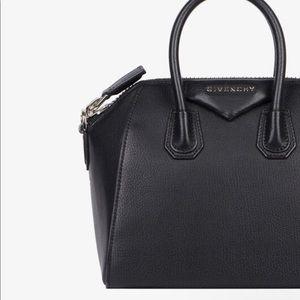 Givenchy grained mini antigona bag